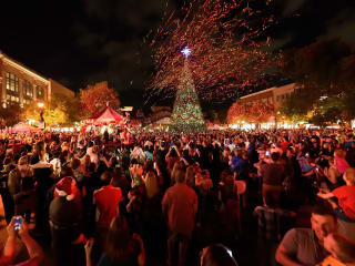 Market Street - The Woodlands presents Christmas Tree Lighting