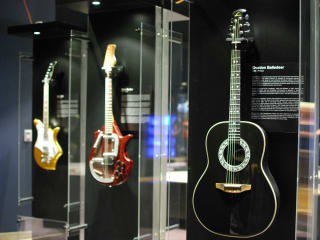 Guitar: The Instrument That Rocked The World