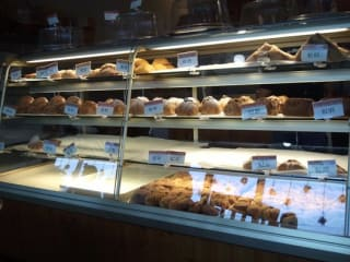 Austin Photo: Places_Food_upper_crust_bakery_and_cafe_interior