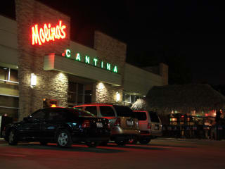 Places-Drinks-Molinas Cantina-exterior-night-1