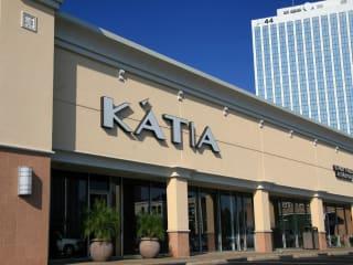 Places-Shopping-Katia Boutique-exterior-1