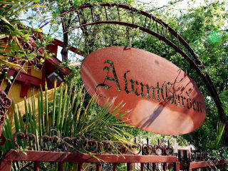 Places-Drinks-Avant Garden sign