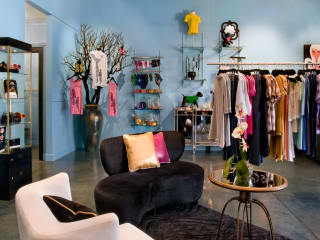News_Heather Staible_retail therapy_Carrie Ann Boutique