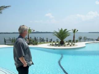 News_Ralph Bivins_Endeavour_pool