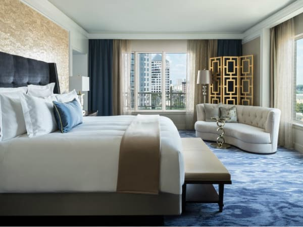 Ritz-Carlton Dallas suite