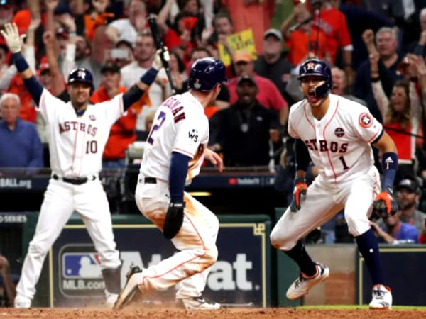 Houston Astros Game 5 hit Alex Bregman