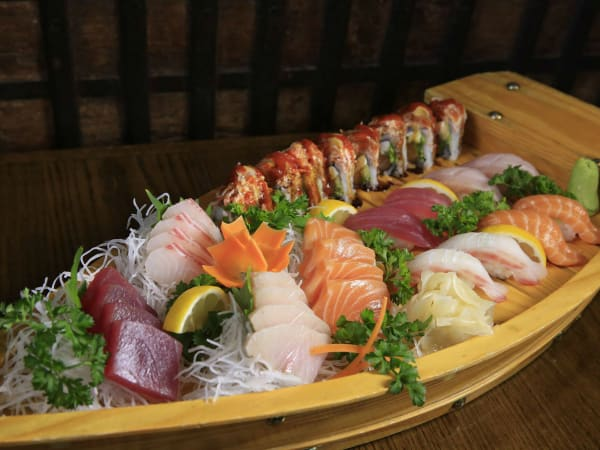 Little Katana sushi
