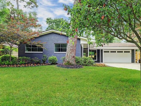 Home for sale in Houston's Lazybrook/Timbergrove neighborhood