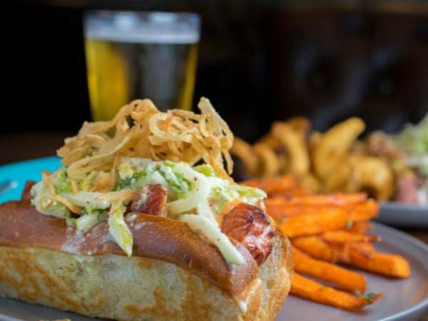 Rim Fort Worth hot dog