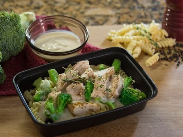 Fit Meals Prep, broccoli chicken alfredo