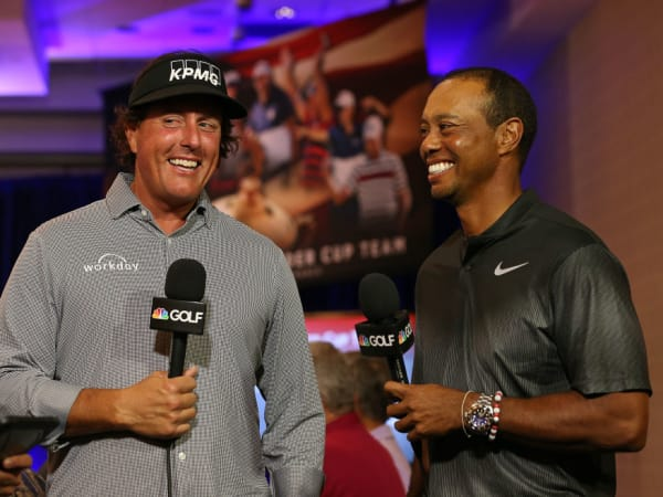 Phil Mickelson Tiger Woods laughing