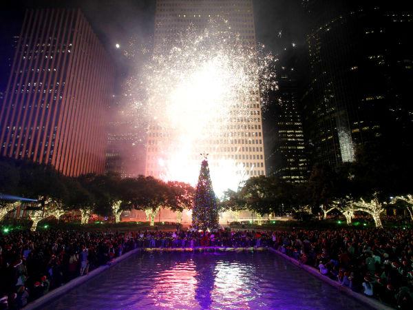 Mayor Holiday tree lighting houston downtown