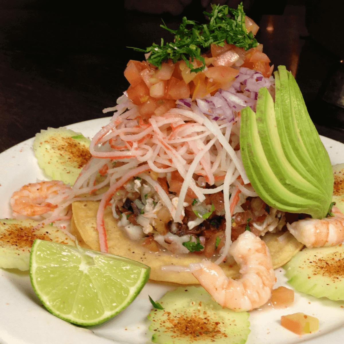 El Bucanero restaurant San Antonio tostada super mixta