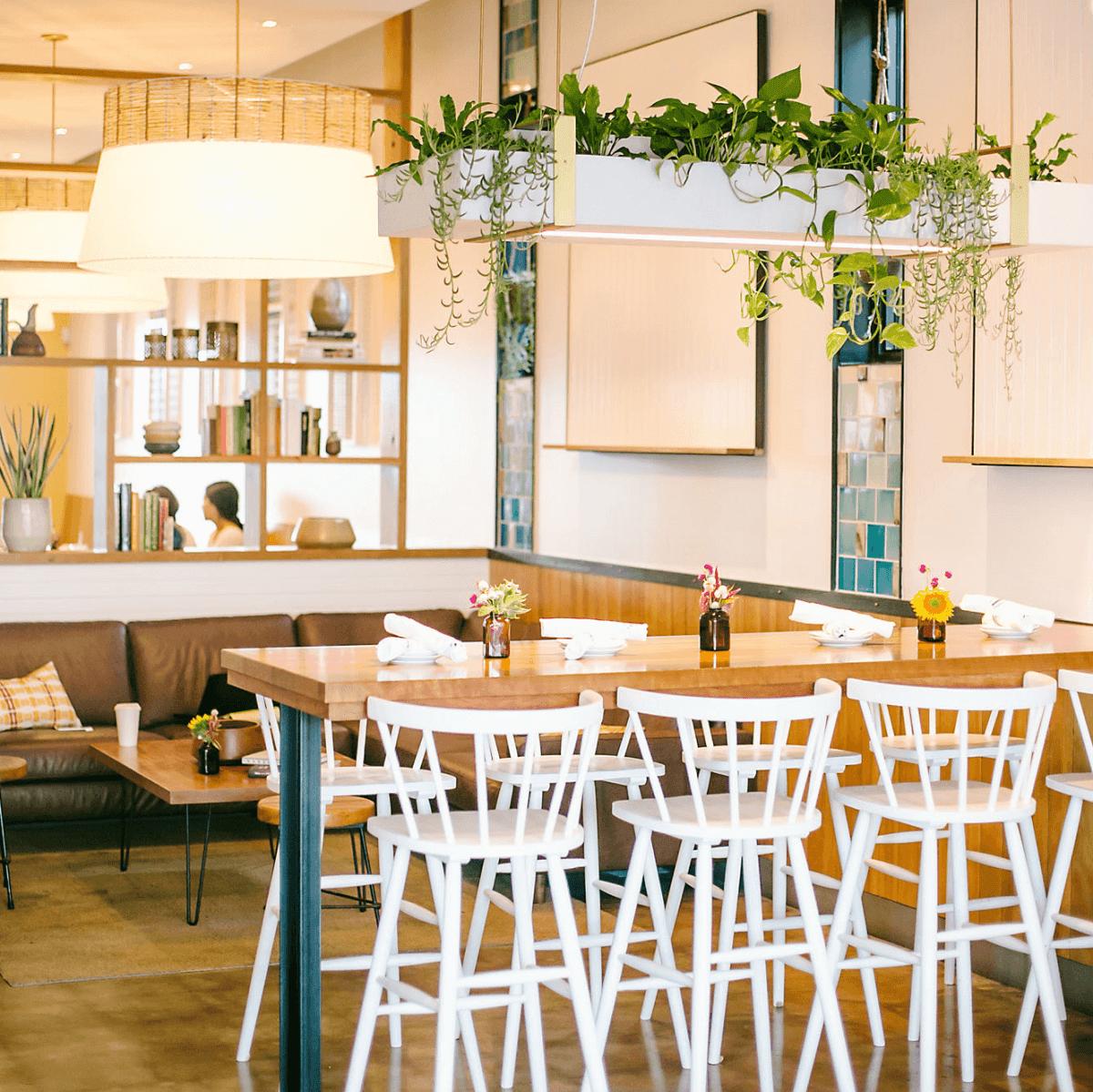 Picnik Burnet Road restaurant lounge