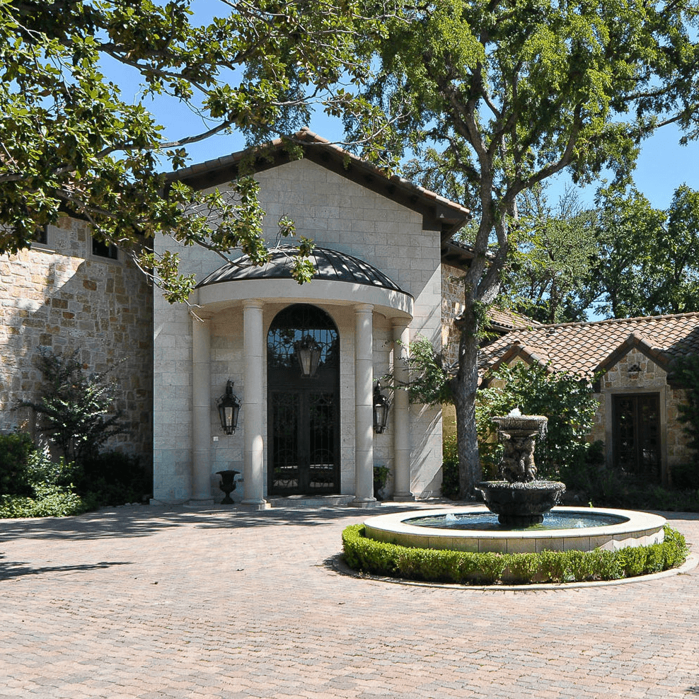 Exterior of 9520 Hathaway St. in Dallas
