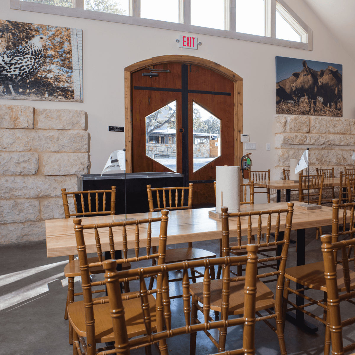 Pizzeria Sorellina interior