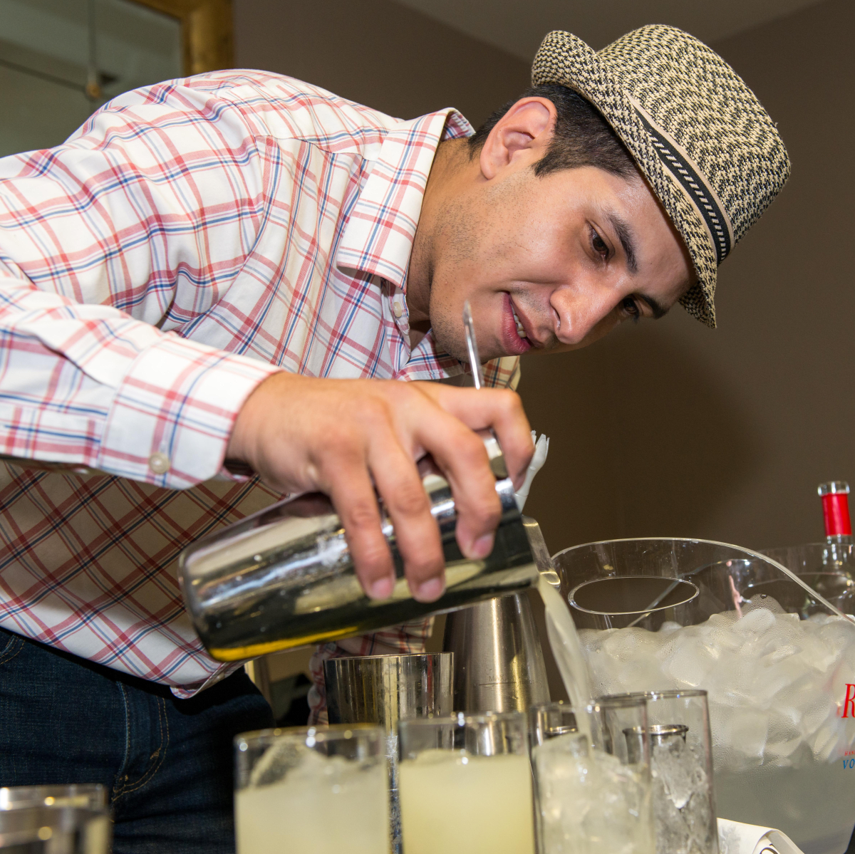 14 Luis Villegas at the Crafted mixology contest at Mr. Peeples July 2014
