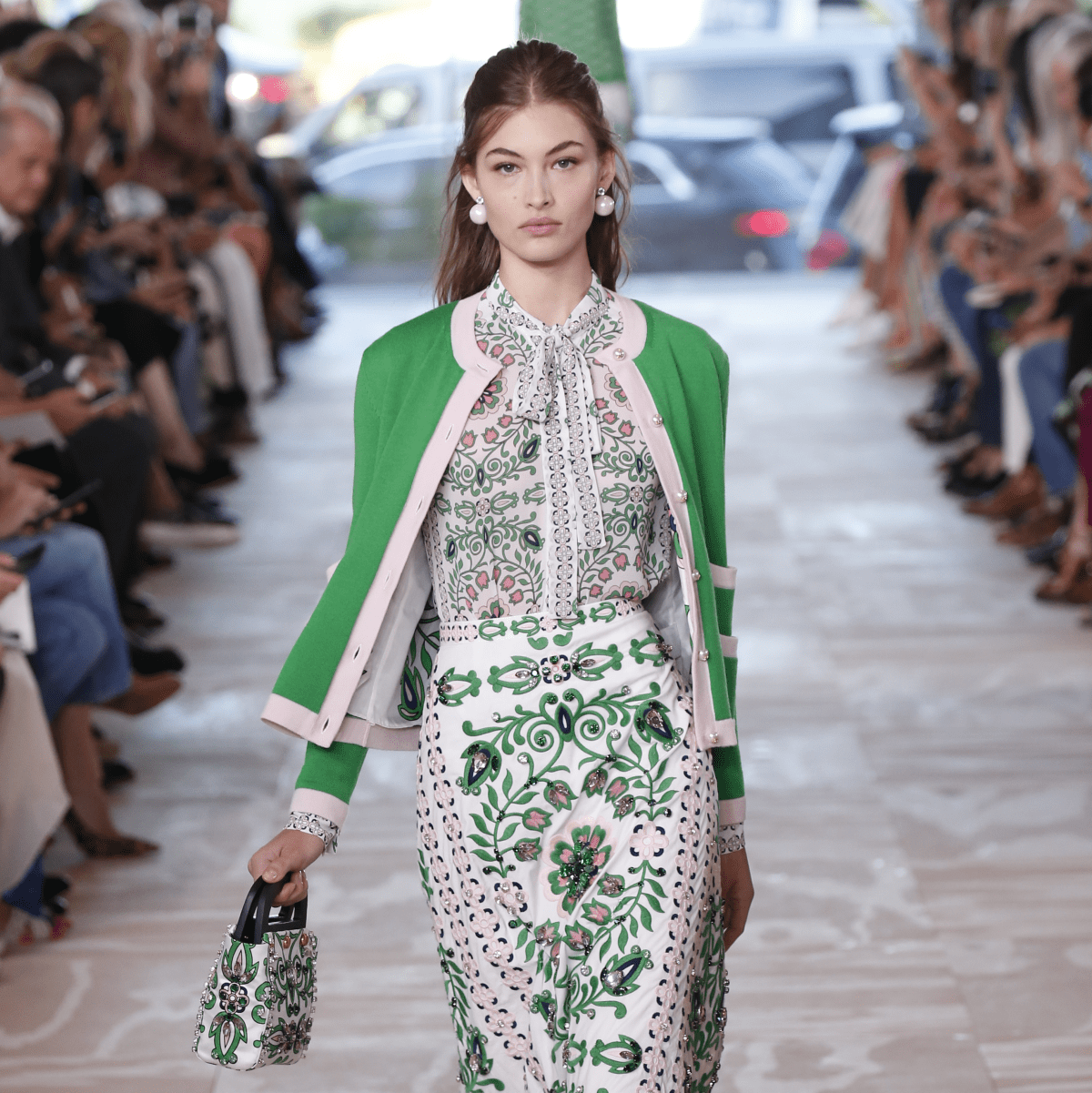 Tory Burch spring 2017 collection look 1