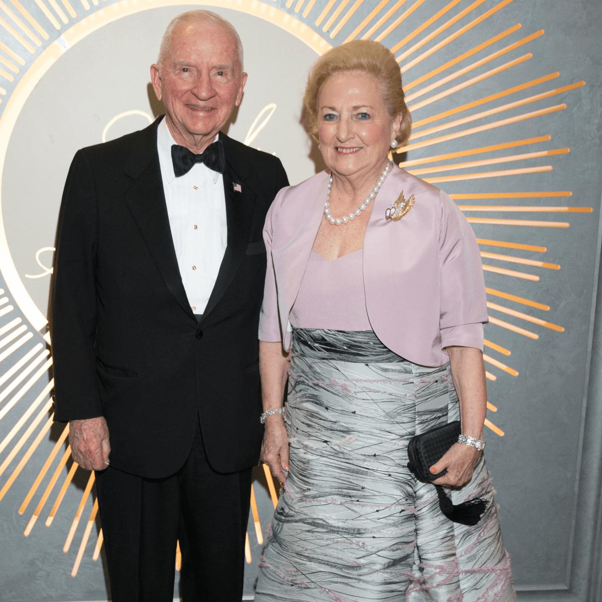Ross Perot, Margaret Perot