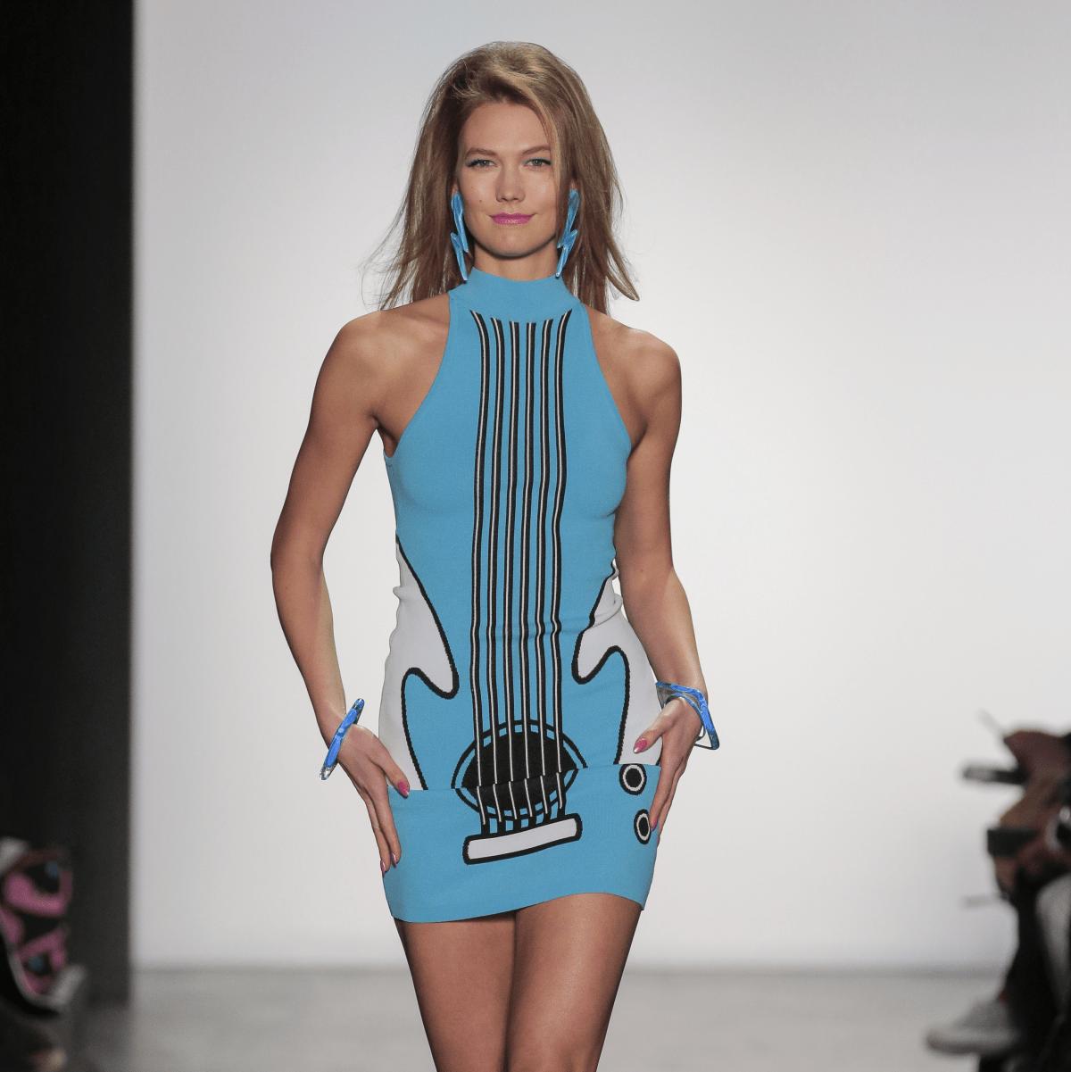 Karlie Kloss in Jeremy Scott fall fashion show