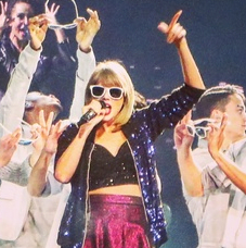 Taylor Swift Minute Maid Park Sept 2015