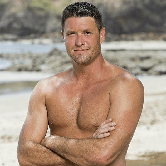Mike Holloway Survivor season 30 winner