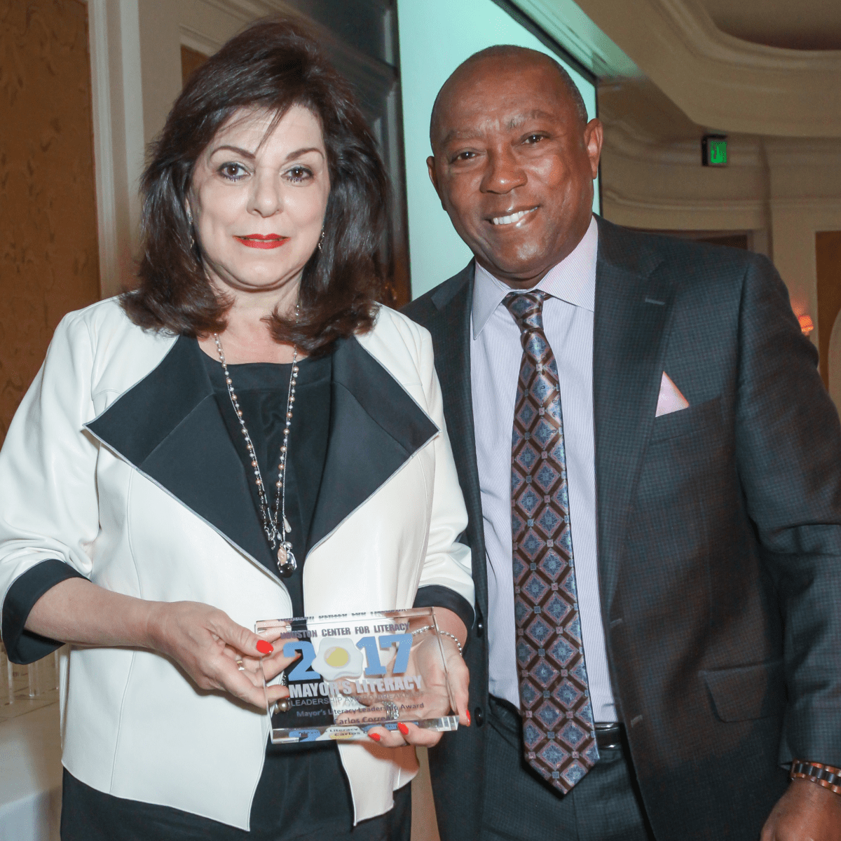 Laura Ward and Mayor Sylvestor Turner/Mayor's Literacy Breakfast