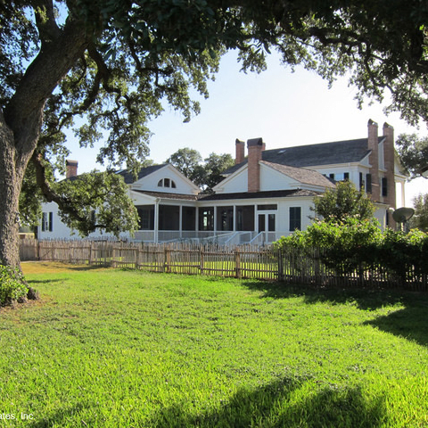 Houzz Austin house home plantation