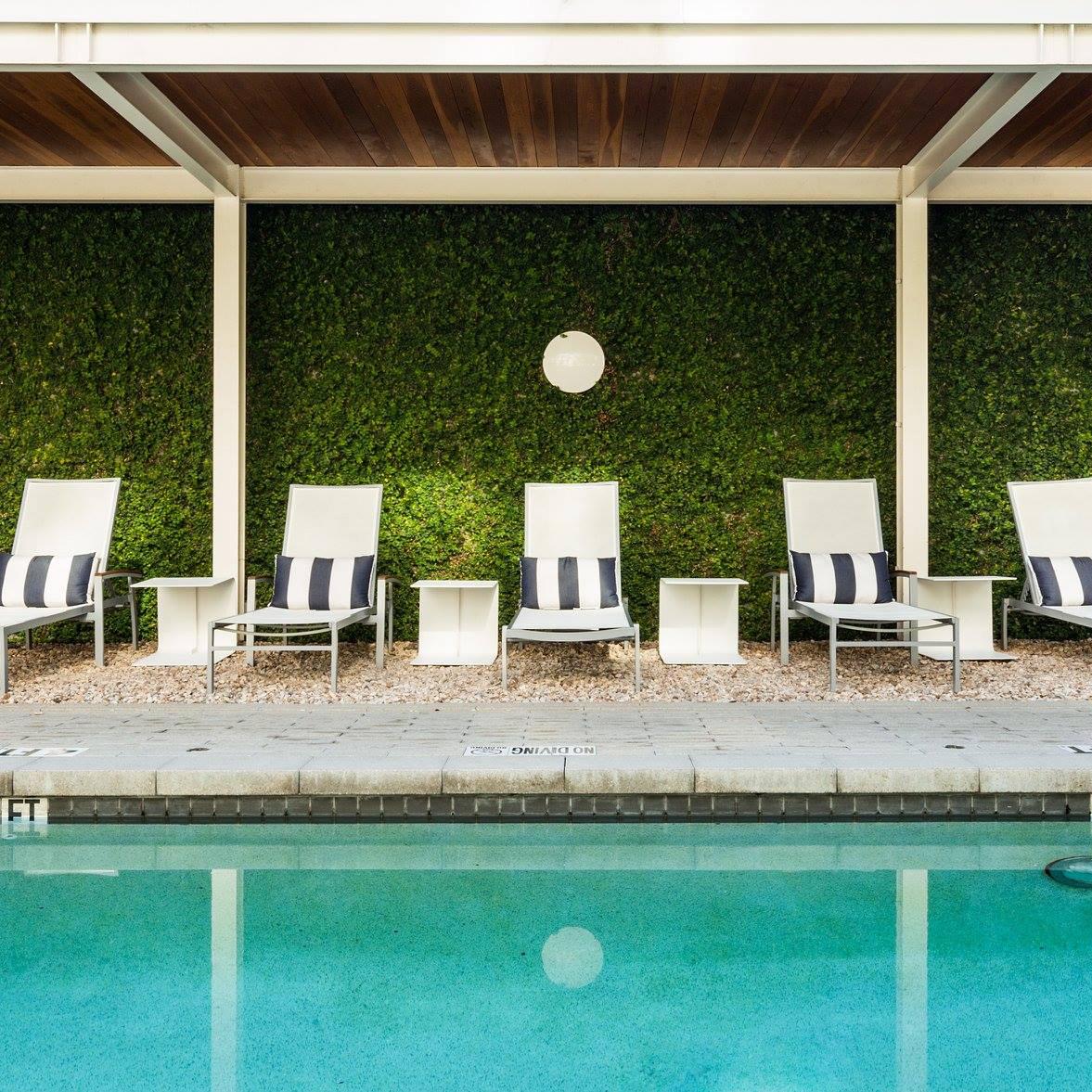 Hotel Ella pool