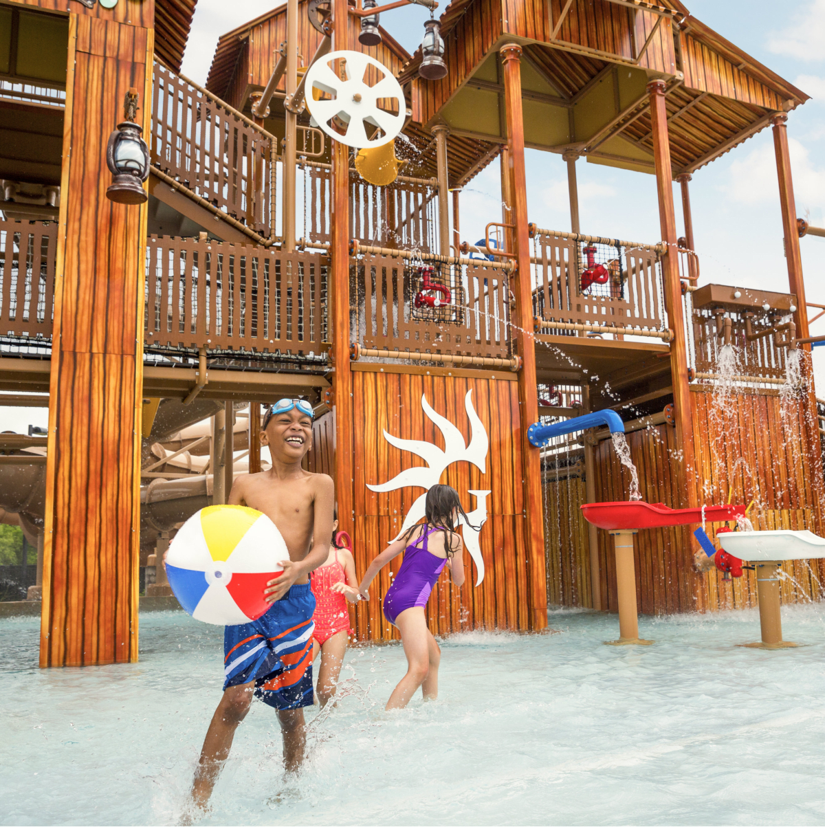 Paradise Springs water play structure at Gaylord Texan Resort