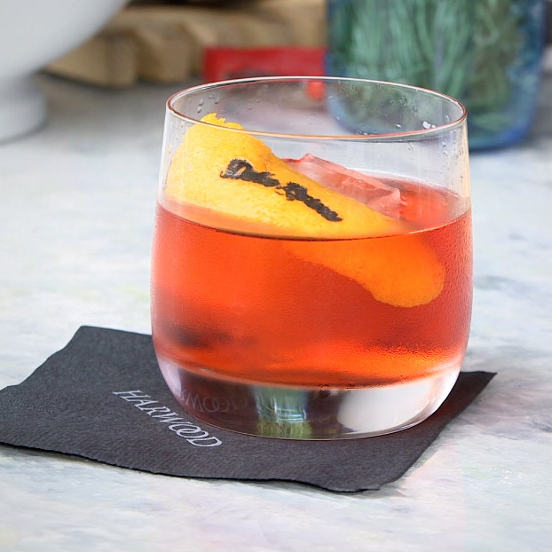 Dolce Negroni cocktail