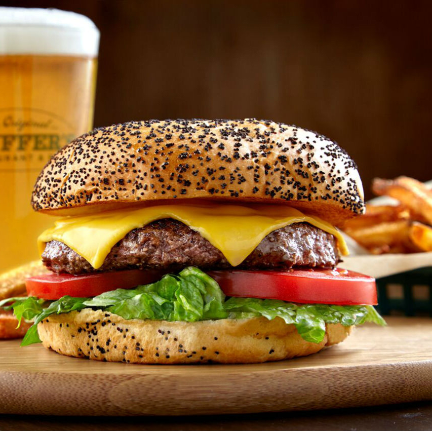 Snuffer's cheeseburger