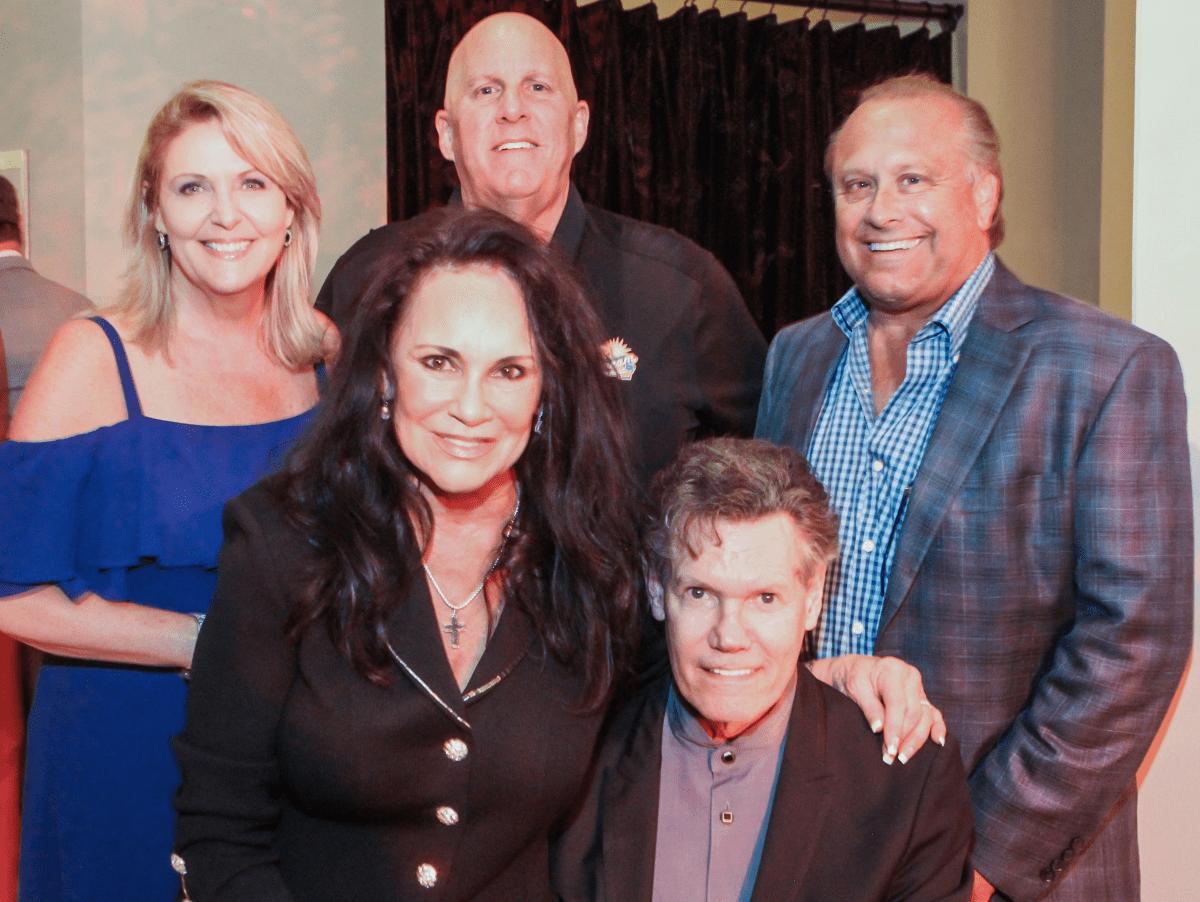 Best Cellars Wine Dinner/Mary and Randy Travis second row Tinti Moffat, Al Weir