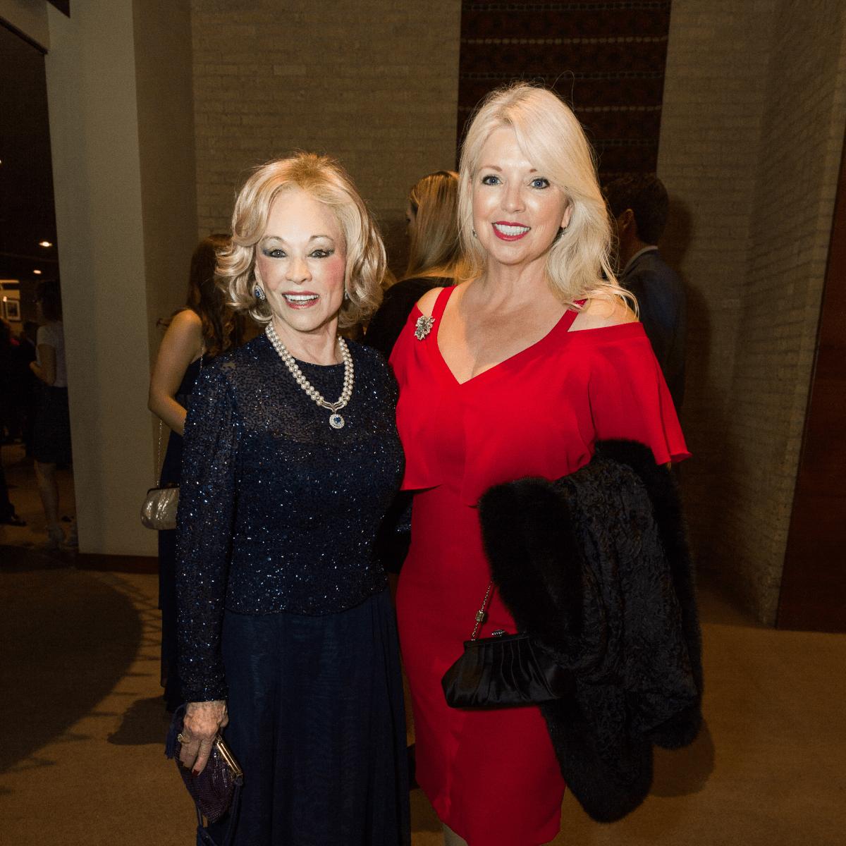 Barbara McDaniel, Jennifer Swift