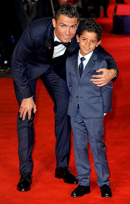 Роналду с сыном песня
