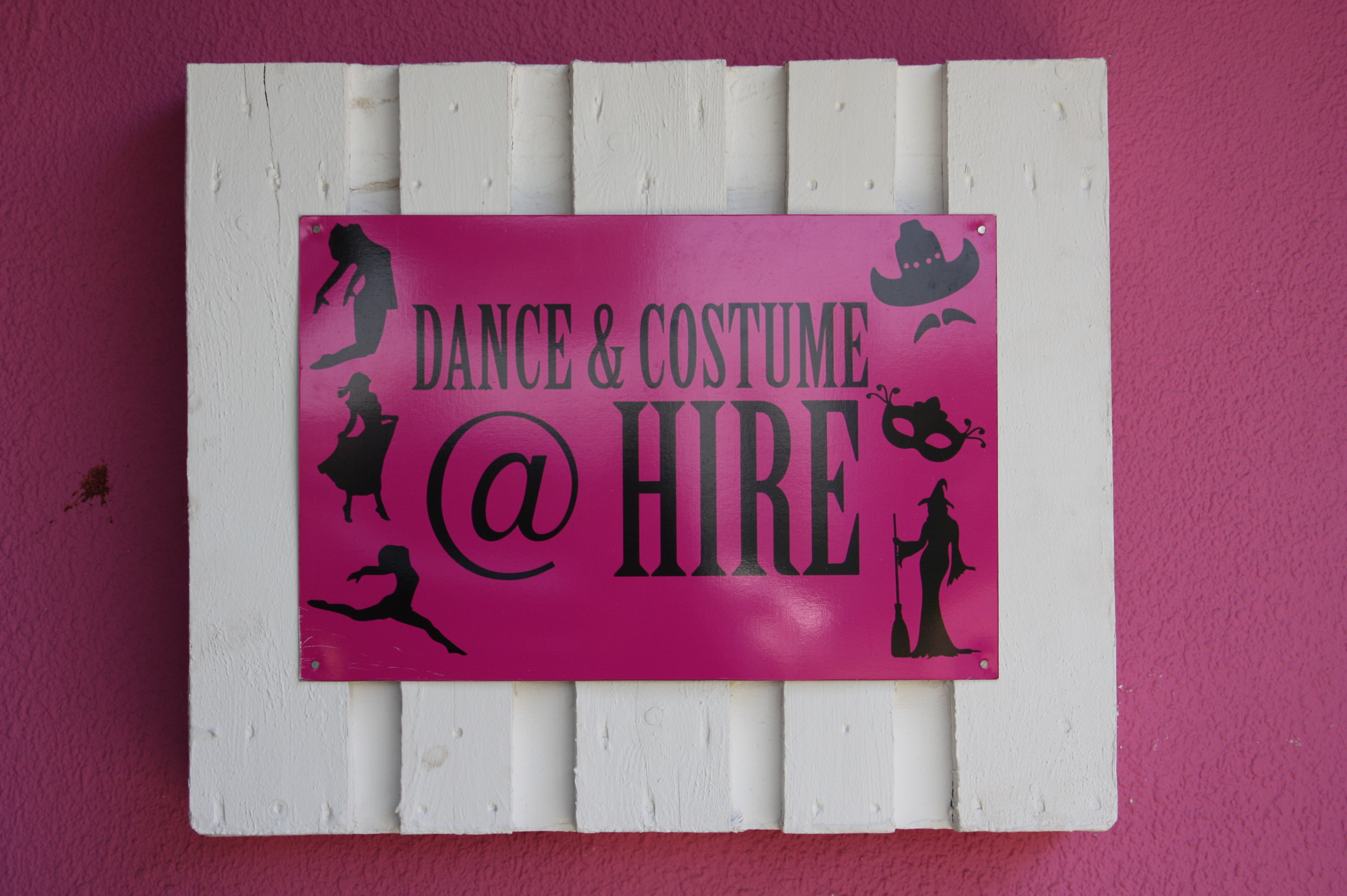 Nailsworth costume hire