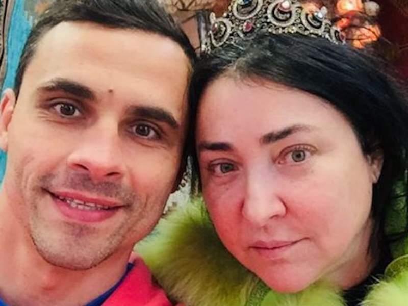 Новости дня: Экс-супруга Лолиты обвинили в отравлении певицы