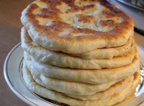 Хачапури из кефира на сковороде