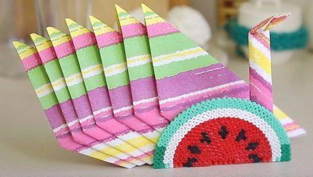 Как красиво сложить салфетки на праздничный стол фото бумажные