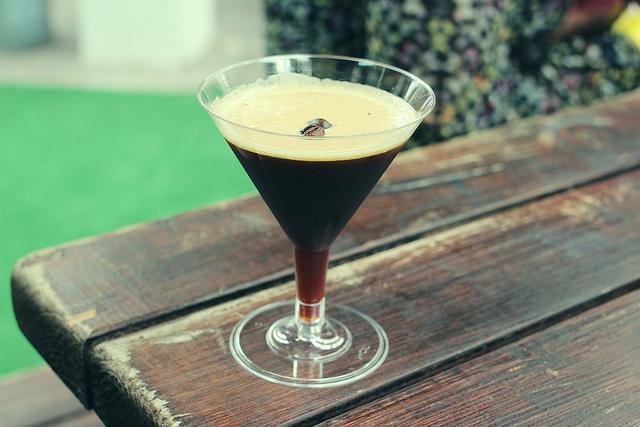 Espresso martini (Flickr/Jakub Kadlec)