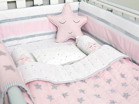 Pink star bedding