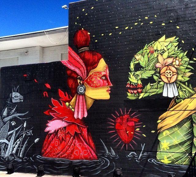 Edgar Flores Saner - Mural de una mujer con un personaje constituido por hojas que se miran