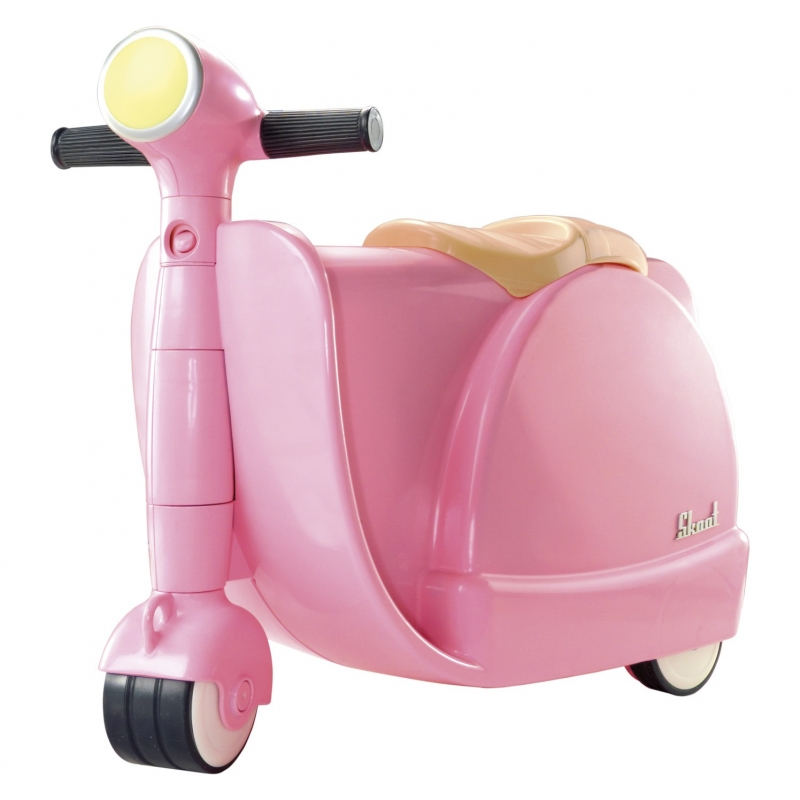 Skoot ride on suitcase pink