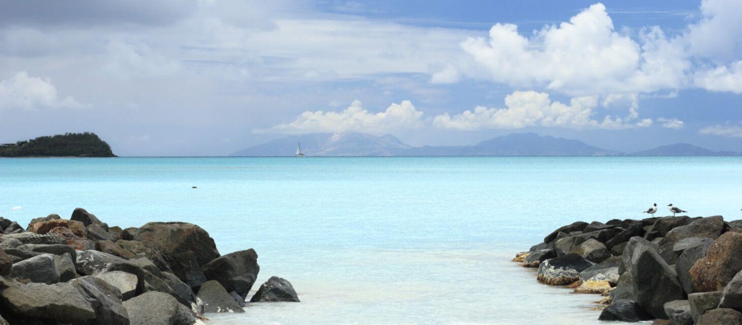 /destinations/caribbean/antigua/Antigua Overview