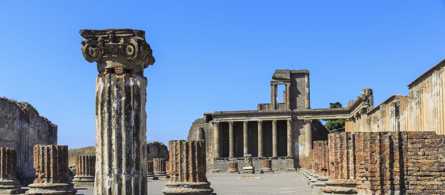Bay of Naples: Pompeii & Herculaneum