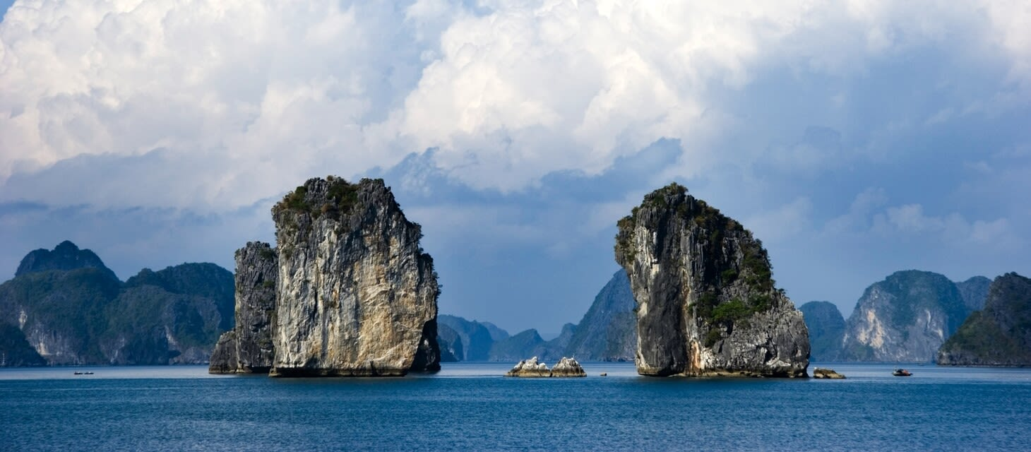 Red River & Halong Bay cruise