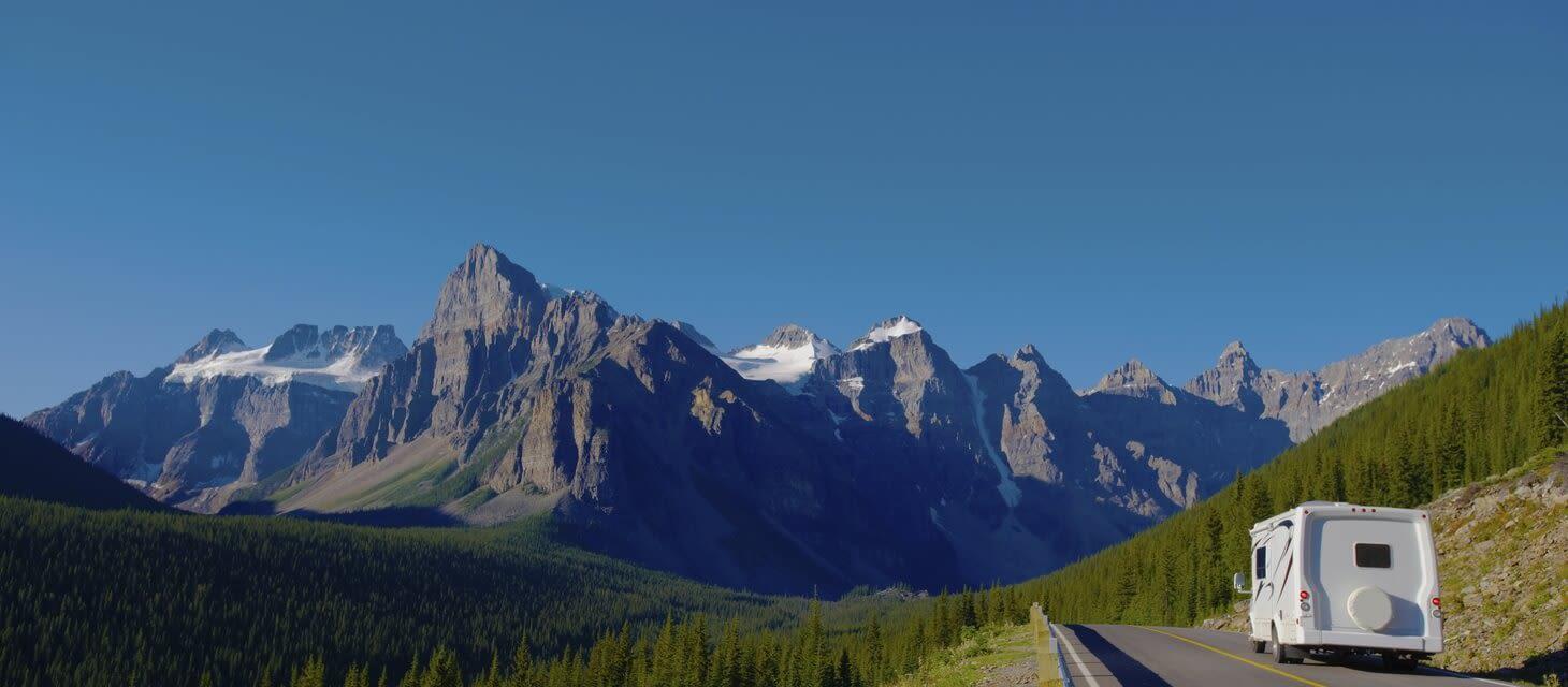 /destinations/north-america/canada/private-travel/self-drive