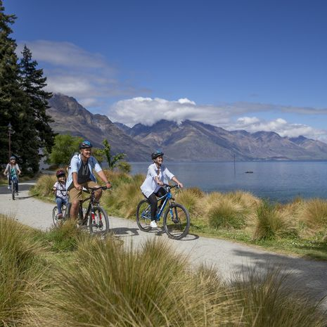 Queenstown cycling