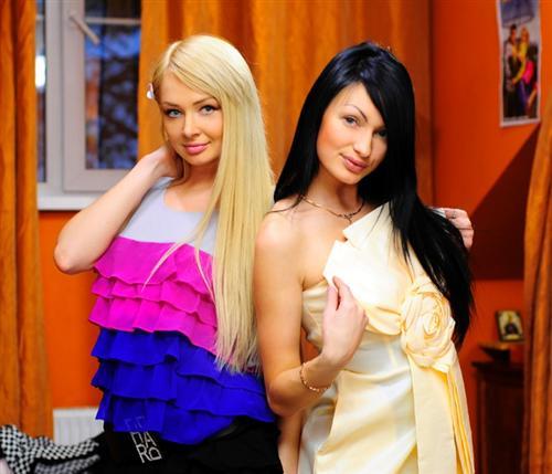 Две лучшие подружки: Женя Феофилактова и Даша Черных