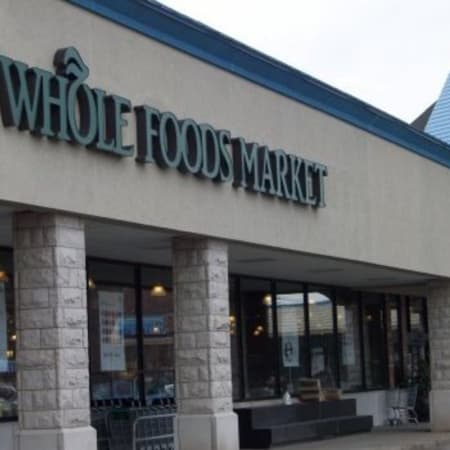 According to a recent letter from the FDA, Whole Foods is preparing their ready-to-eat meals in unsanitary conditions.